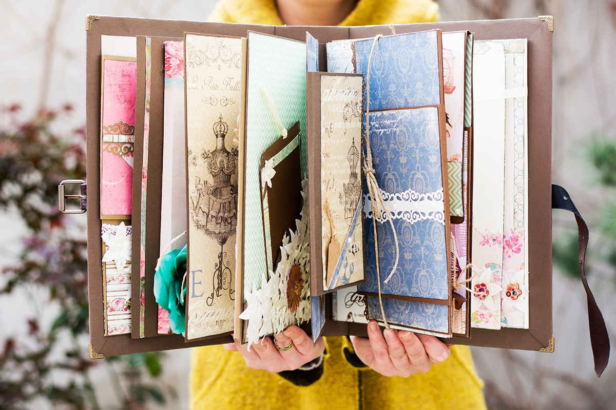 How To Create Your Own Travel Scrapbook Album Travel Addicts