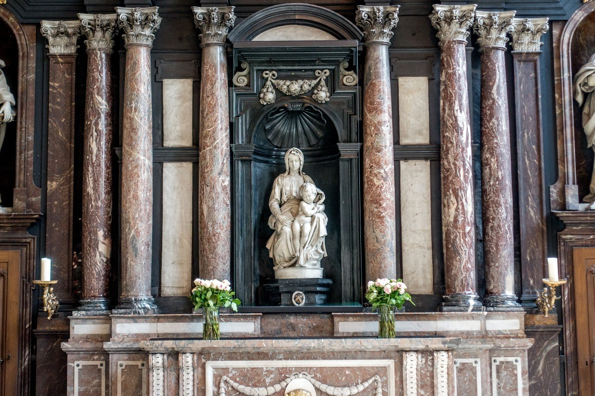 Marb;e sculpture of Mary and Jesus, Michelangelo's Madonna in Bruges