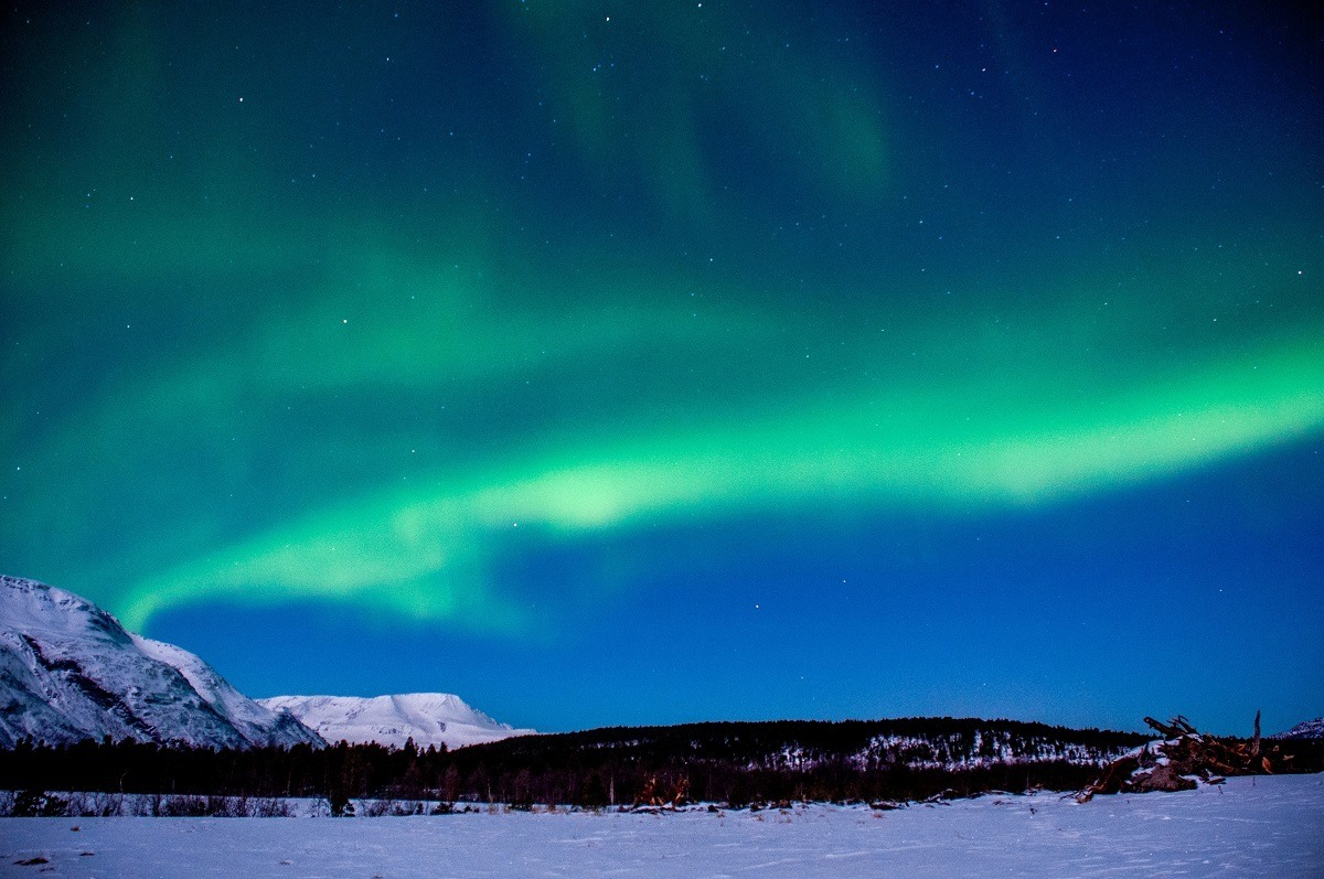 Seeing the aurora borealis on a Northern Lights Tour Norway.