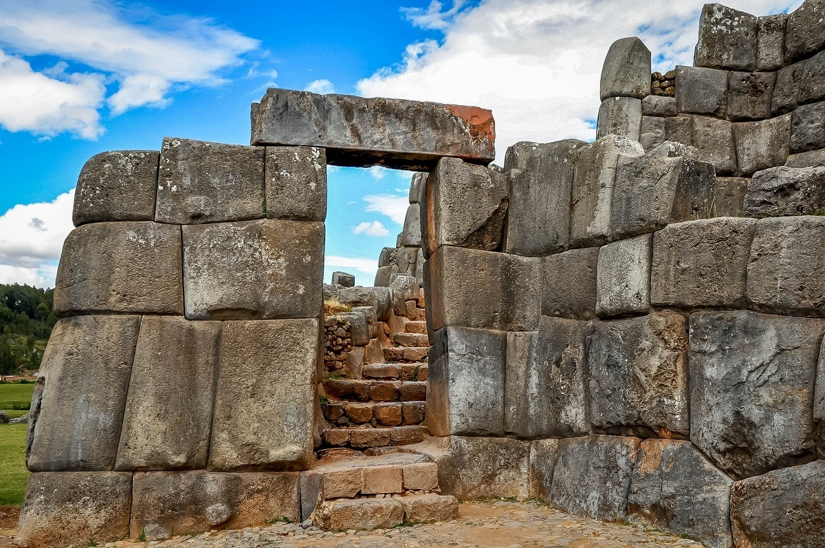 Stone doorway at the ruins of Sacsayhuaman, one of the interesting things to see on a Peru 10 day itinerary
