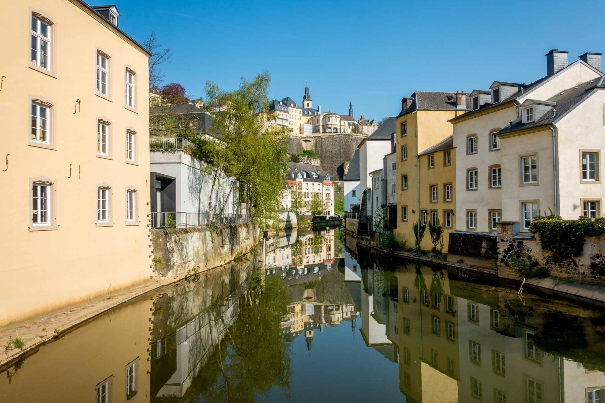Buildings and river in The Grund