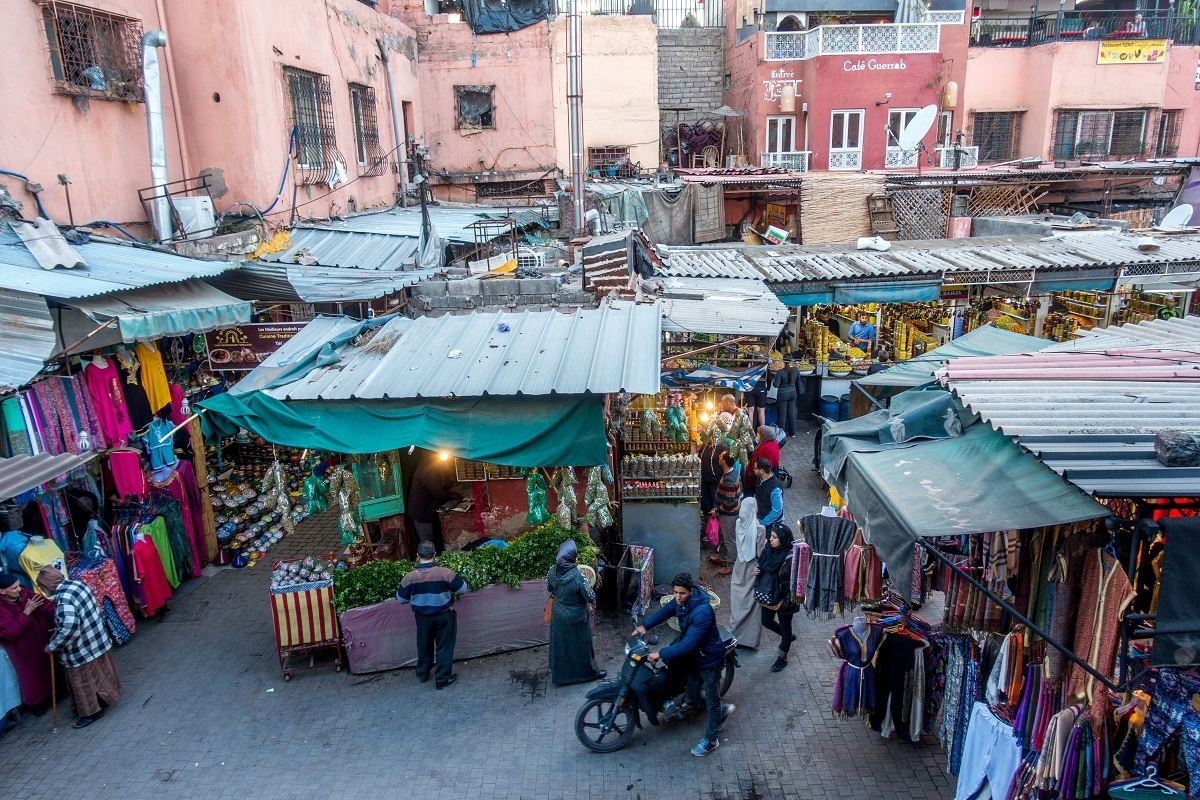 It's easy to get lost in the medinas in Morocco, especially the huge one in Marrakesh |  travel guide Morocco