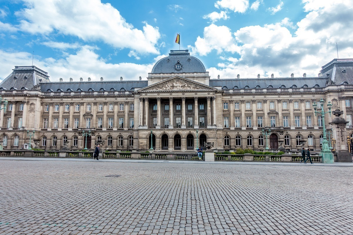 If you're wondering where to stay in Brussels for one night, check out the area near the Royal Palace