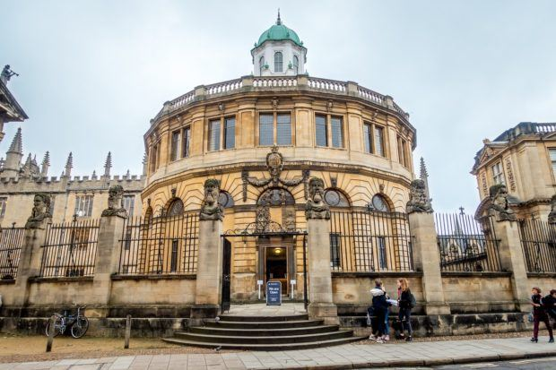 Bodleian Library in Oxford | what to do in Oxford England