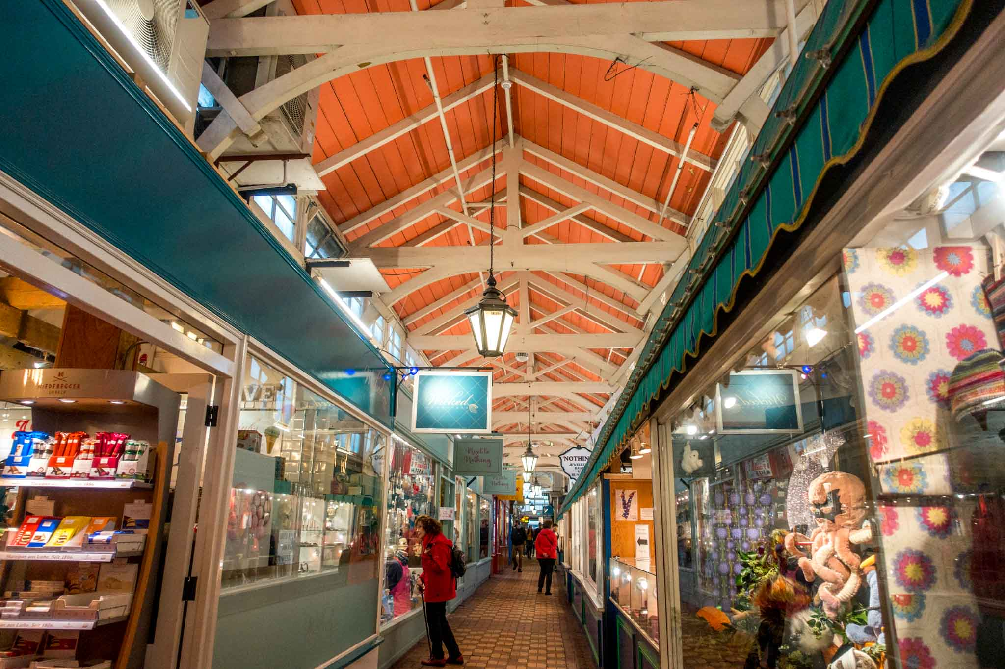 The Oxford Covered Market, founded in 1774, is one of the historic things to see in Oxford