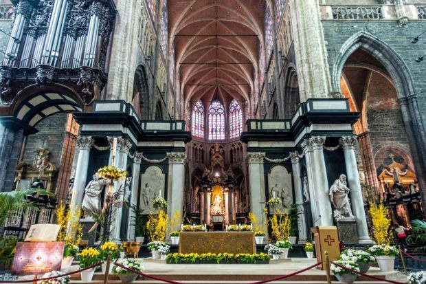 The interior of St. Bavo's and its altarpiece are what to see in Ghent