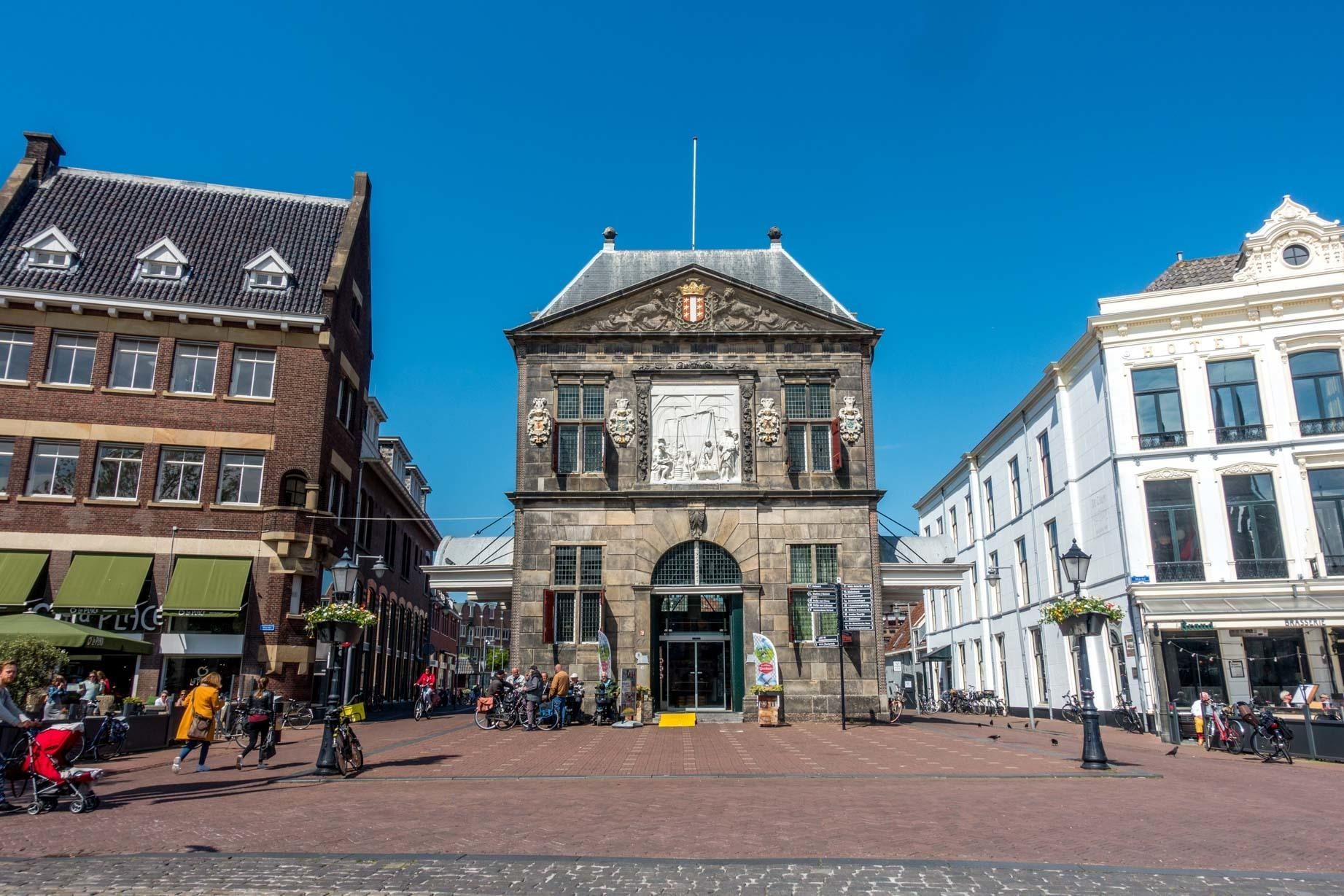 De Goudse Waag, or the Weigh House, is the home of the Gouda Cheese Museum