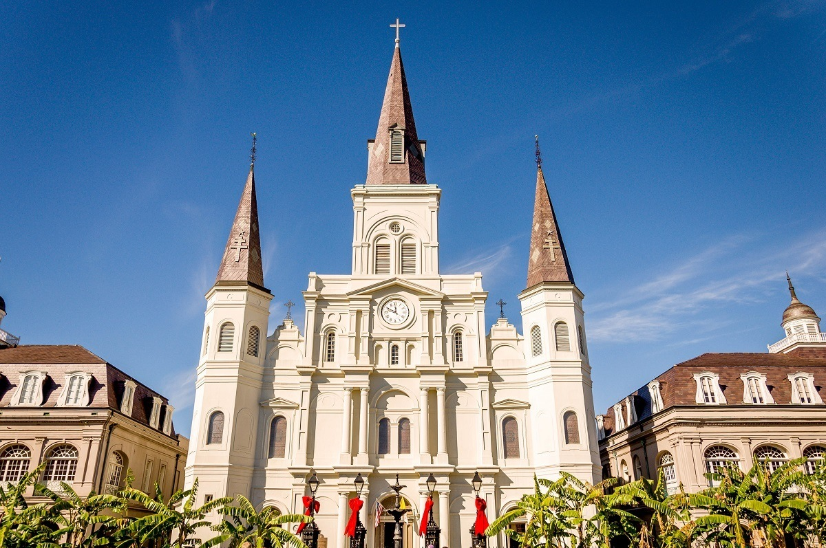 Exterior of large white church, St. Louis Cathedral