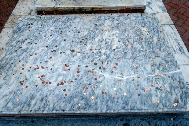 Benjamin Franklin's grave at Christ Church is one of the Philadelphia top attractions