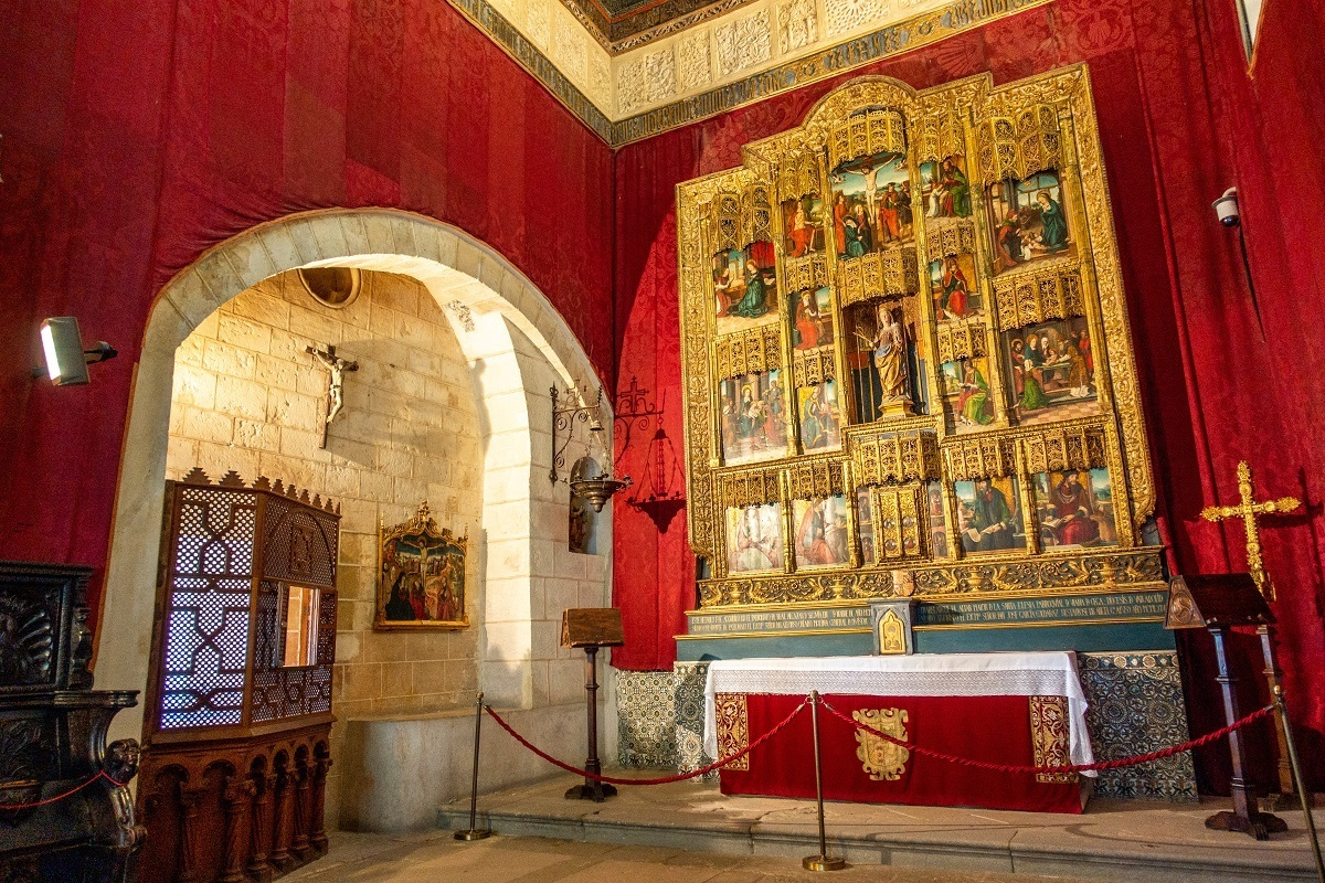 Chapel with gold altar inside the Alcazar of Segovia