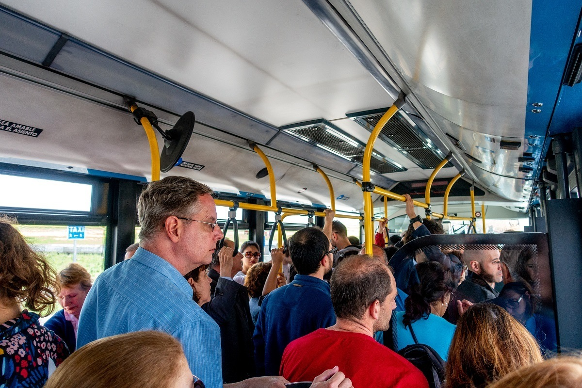 Crowded bus to get from the Segovia train station to town