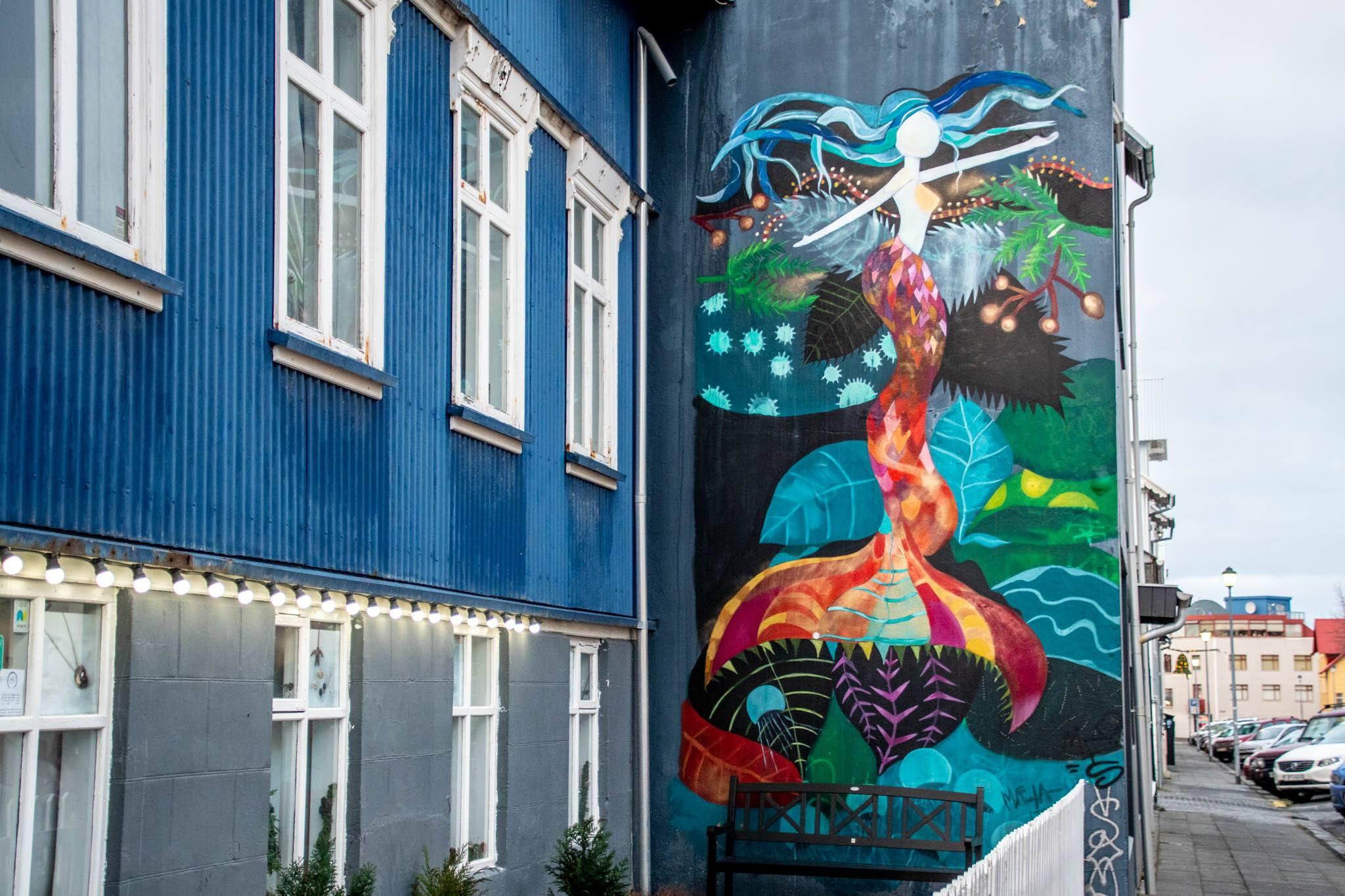 Icelandic Mermaid mural that is attributed to artist Raus.