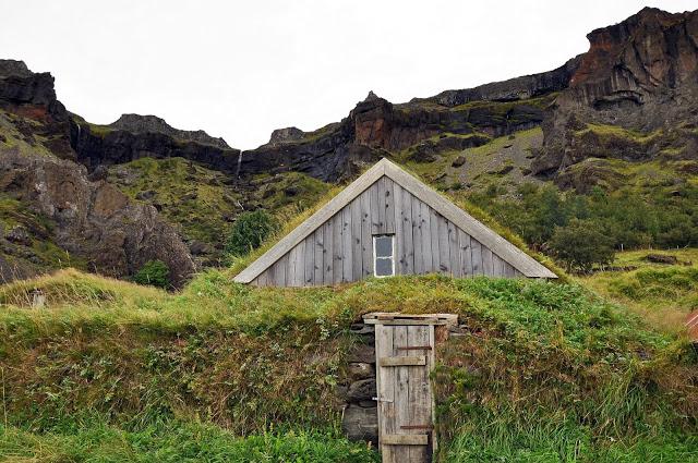 Turf House in Nupsstadur