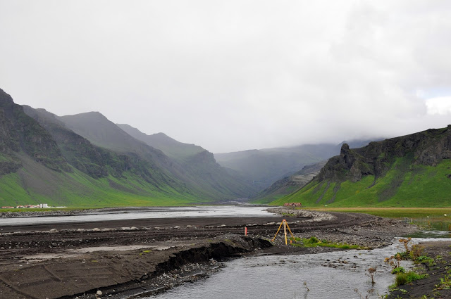 Cleaning Up Ash from the Eyjafjallajokull Volcanic Eruption